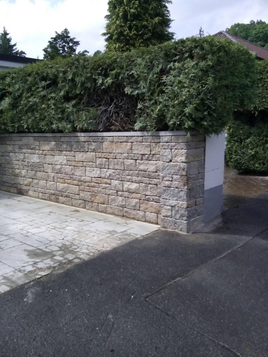 Bau einer mauer aus muschelkalkstein in roth r ckersdorf - Gartengestaltung herzogenaurach ...